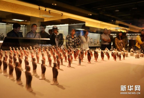 الرئيس الصيني يهنئ المعرض الثقافي الدولي الأول لطريق الحرير
